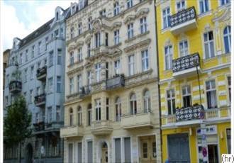 Mehrfamilienhaus / Miethaus
